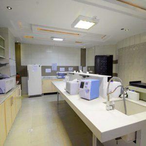 آزمایشگاه شبانه روزی سناباد