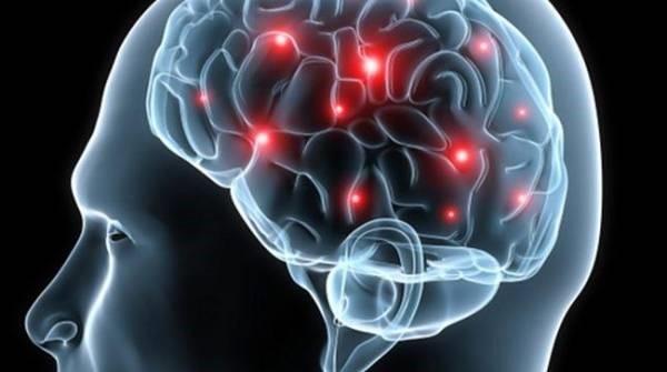تومورهای مغزی چه علائم و نشانه هایی دارند؟